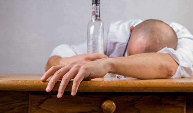 Die negativen Auswirkungen von Alkohol auf den Körper