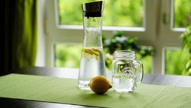 15 Gründe, warum Du jeden Morgen Zitronenwasser trinken solltest