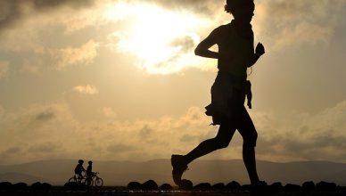 Gesundes Laufen im Sommer: Richtig Sport treiben, um gesund und fit zu bleiben