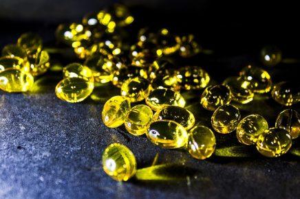 Fischöl und Omega-3-Fettsäuren: Vorteile, Lebensmittel & Risiken