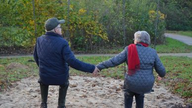 11 Schritte, um Liebe und Leidenschaft in einer Beziehung am Leben zu erhalten